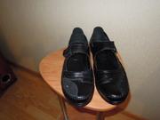 новые кожаные женские туфли 42 размера